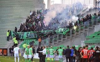 Non-respect du huis-clos au stade Geoffroy Guichard: six mois d'interdiction de stade pour le supporter à l'initiative des débordements