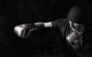 Refus d'expulsion d'une association de boxe